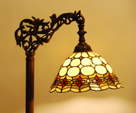 Tiffany leeslamp Cherry C