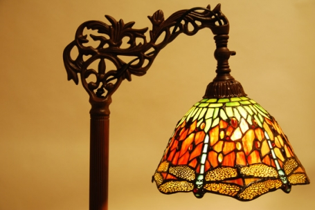 Tiffany leeslamp Dragonfly C