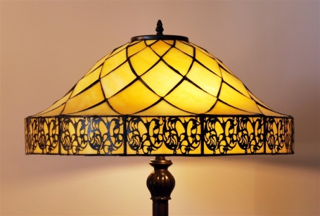 Tiffany vloerlamp Yesterday 54 Rich